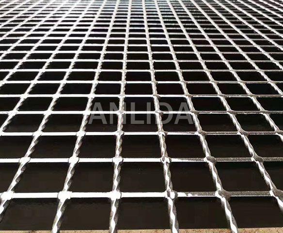 Heavy-duty Steel Grating